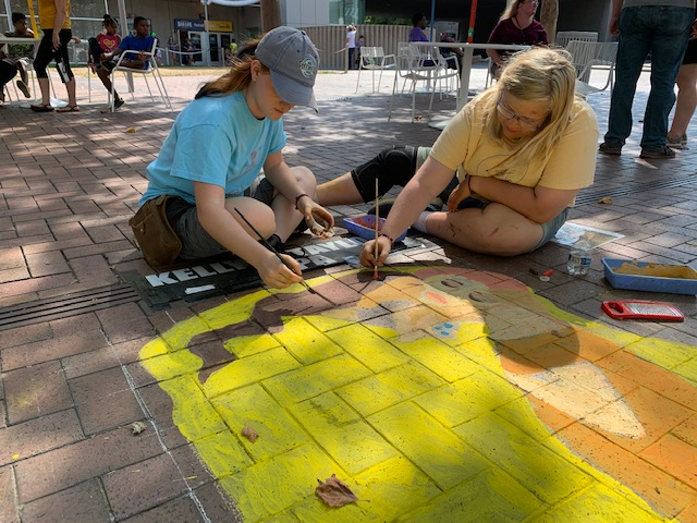 Art students recreate 1900's painting at annual Chalk and Walk on Sept.7-8